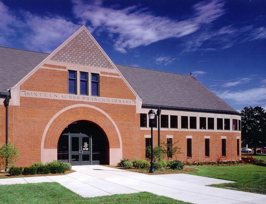 Sixteen Acres Library, Entrance