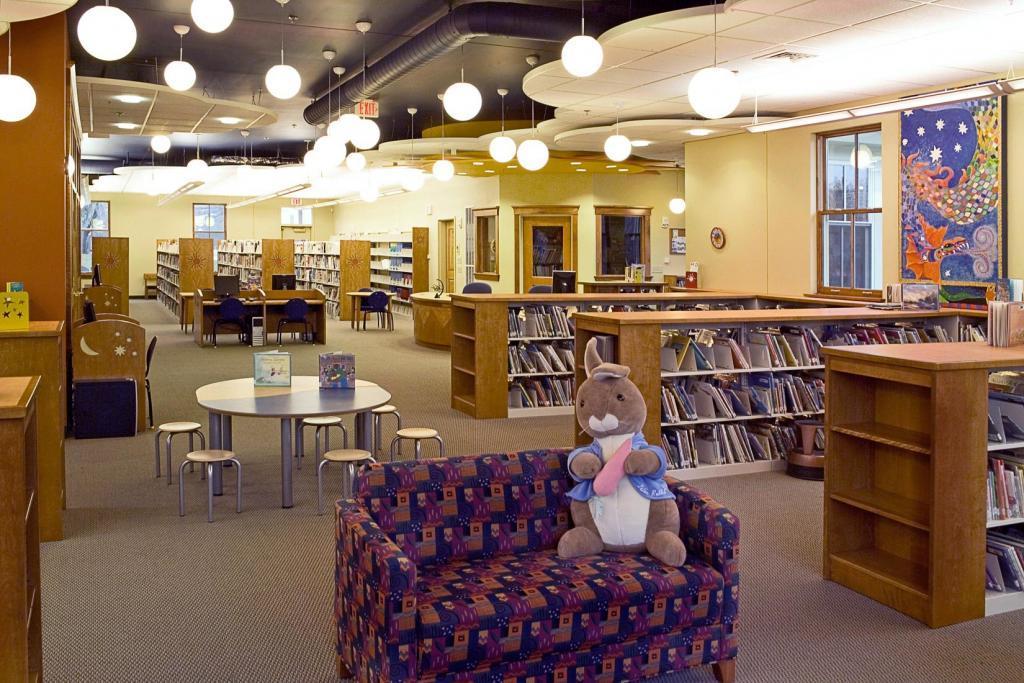 Lunenburg Public Library, Childrens 1